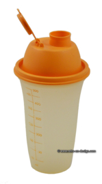 Vintage Tupperware 'all-in-one' shaker