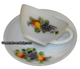 Arcopal, Suppenschüssel / Teetasse mit Untertasse, Fruits de France
