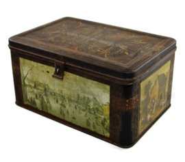 "Vintage tin box with closure and the painting ""IJsvermaak"" by Hendrick Averkamp"