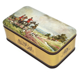 Vintage tin with an image of an English fox hunting scene