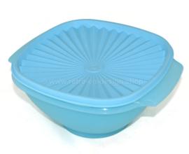 Hellblaue Tupperware Servalierschüssel mit Sonnendeckel