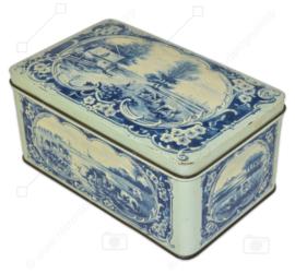 Rechteckige Vintage-Dose mit Klappdeckel, blau und weiß dekoriert, Darstellung: Niederländische Wiesenlandschaften