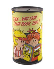 """Blikken spaarpot """"Nederlandse Boekenclub"""" Tjee... wat een leuk boek zeg!"""