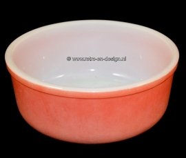 Arcopal France Opale. Red serving bowl or dish