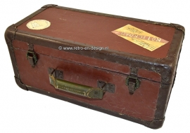 Vintage wooden suitcase or trunk. Early 30s or 40s for receiver/transmitter