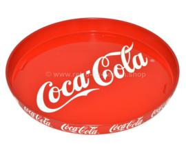 Groot rond rood dienblad van Coca Cola met de bekende sierlijke witte letters