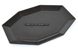 Ovales Serviertablett oder Servierteller von Arcoroc France, Octime schwarz