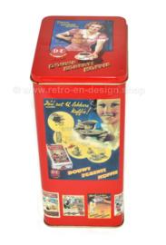 Douwe Egberts Koffie, retro blik met nostalgische afbeeldingen.