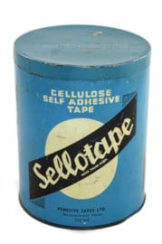 Boîte métallique anglaise bleue vintage par Sellotape