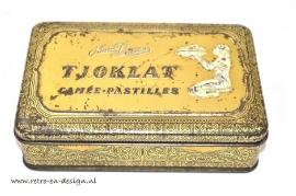 Vieux boîte, Tjoklat