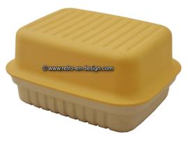 Kornuit kaasdoos van Tupperware in beige en geel
