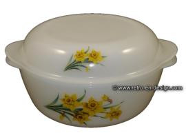 Arcopal Jonquilles 'yellow daffodil' casserole Ø 23 cm