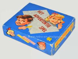 Het advertentie spel, verknipte advertenties, humoristische combinaties
