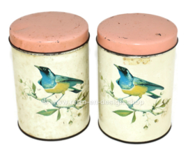 Brocant tin made by De Gruijter with blue-yellow bird and pink lid