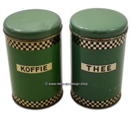Brocante A.J.P resedagroene blikken of bussen voor koffie en thee (Niemeyer)