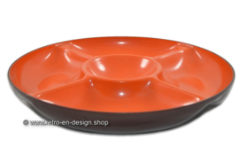 Round vintage 70s melamine snack bowl in orange / brown