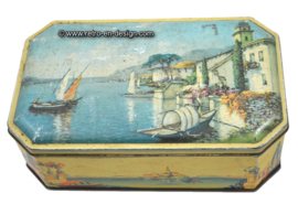 Vintage octagonal tin with harbour view Italy