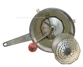 Molinillo de verduras Brocante Antique Moulin Legumes, hecho por Moulinex
