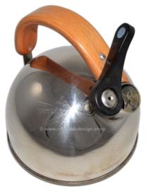 Le Lapin vintage fluitketel, winnaar HEMA ontwerpwedstrijd 1990