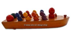 Nooitgedagt houten speelgoedboot, jaren '50