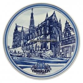Wandbord. Haarlem st Bavokerk. Delfts handbeschilderd