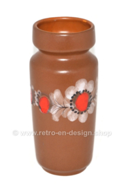 Jarrón de barro vintage con decoración floral modelo no. 3046