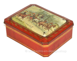 Vintage tin for biscuits by Albert Heijn with an image of a carriage and horses