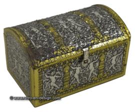 Vintage goud- en zilverkleurig blik met sluiting
