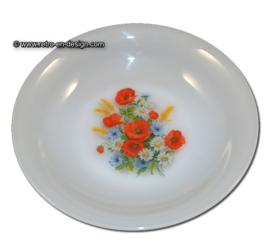 Arcopal France. Fleurs de Champêtre. assiette creuse Ø 21 cm.