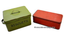 Vintage storage tins for biscuits and cake