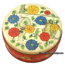 Vintage Verkade biscuit tin, early '60s