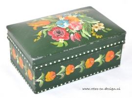 Brick-a-brac biscuit tin with painted flowers
