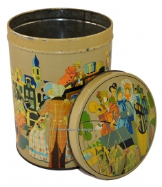 Vintage big nostalgic tin with romantic images