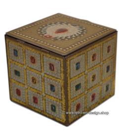 Vintage blikken kubus met scharnierend deksel