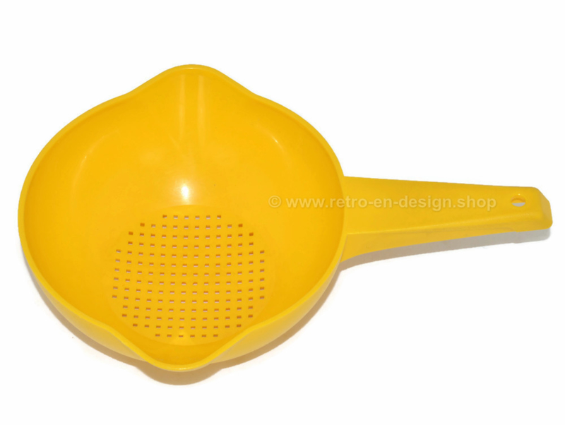 Vintage yellow Tupperware colander or strainer with long handle