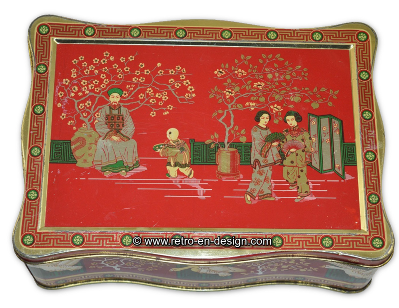 Teedose mit chinesischen Bildern