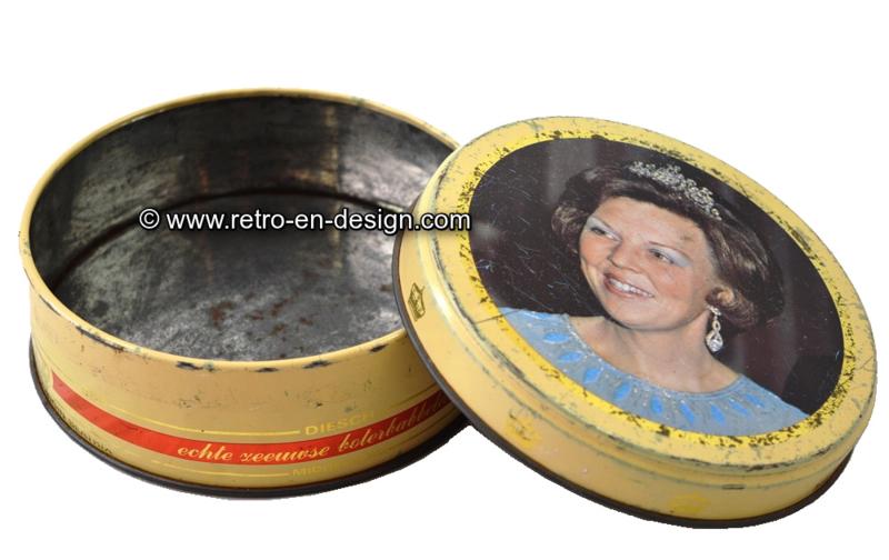 "Vintage boîte étain ronde, Diesch boterbabbelaars ""Inauguration de la Reine Beatrix"""