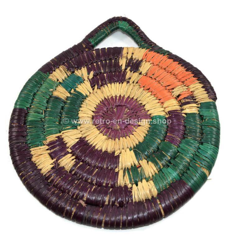 Sturdy vintage raffia/wicker trivet in different colours, 60s -70s
