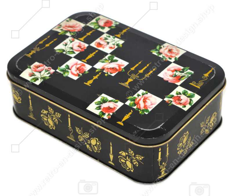 Vintage biscuit tin from Verkade with roses and candlesticks