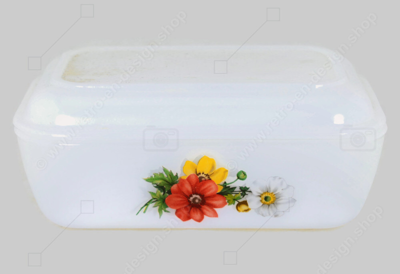 """Vintage butter dish with floral pattern """"Anemones"""" by Arcopal France"""