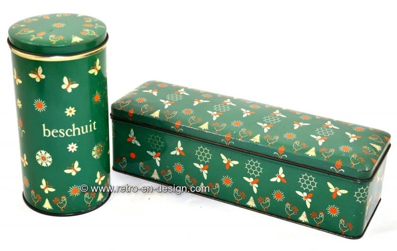 De Spar green Rusk Tin and Gingerbread Tin, vintage 1957