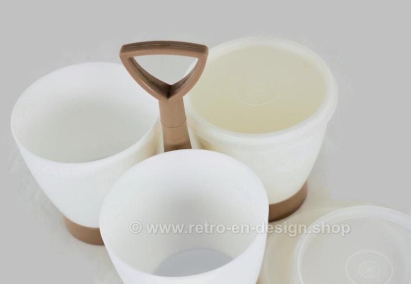 Ensemble Condimate Tupperware, caddie marron clair avec tasses blanches