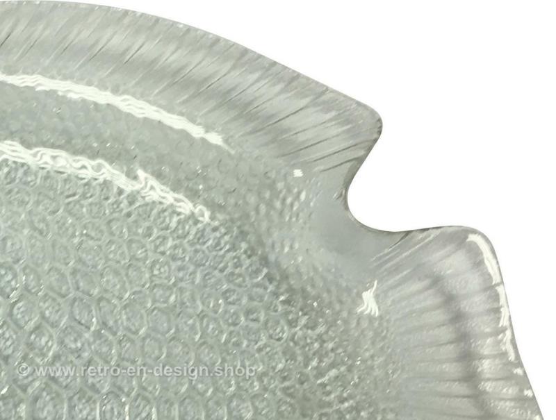Vintage Arcoroc France glass fish plate, serving dish 26 cm
