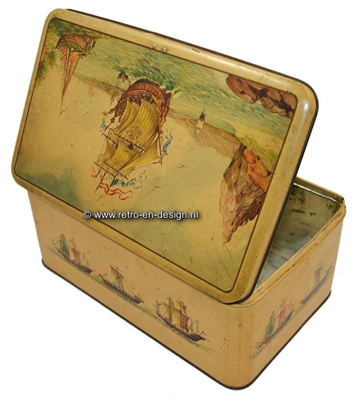 Large vintage tin decorated with ships