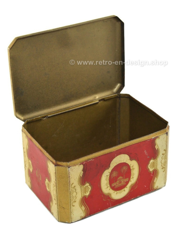Vintage oriental tin in red with golden details