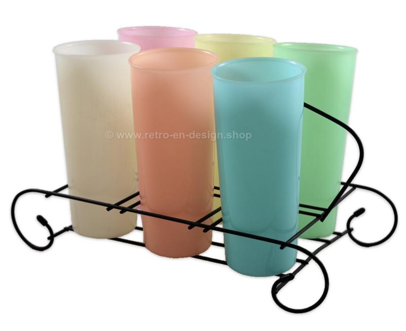 Vintage set of six tall Tupperware Harlequin Tumblers in beverage caddy of wire steel