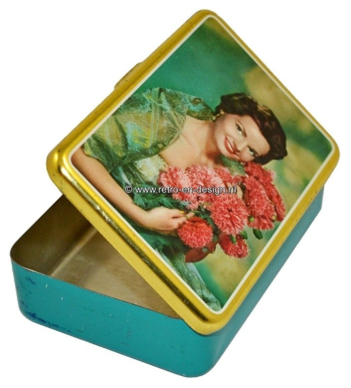 Vintage fifties tin for sigars