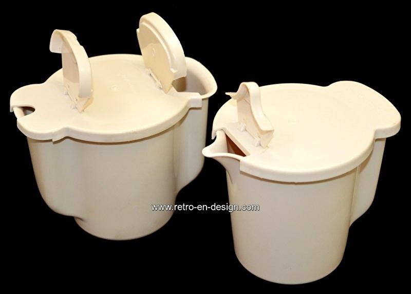 Tupperware Cream and Sugar Set