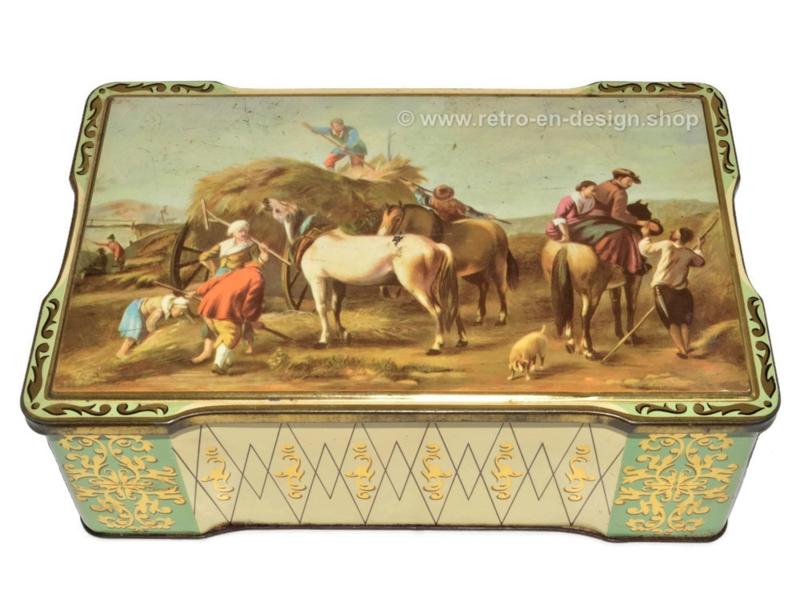 Rechthoekige blikken trommel met een oogsttafereel met paarden