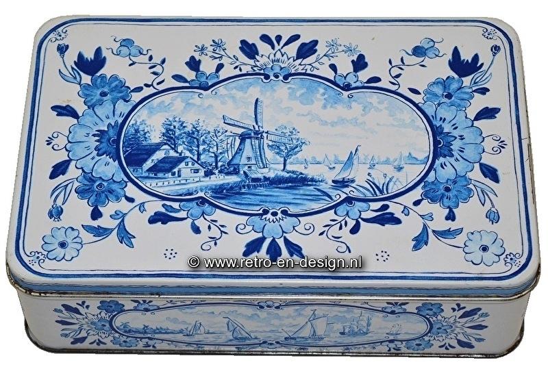 Hellema, Hallum - Holland, Delft Blue biscuit tin